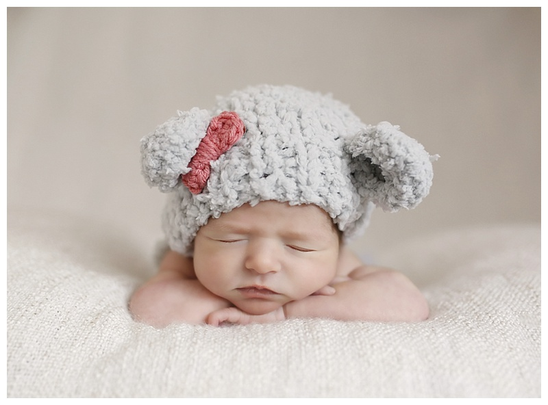 Newborn Photographer Ri